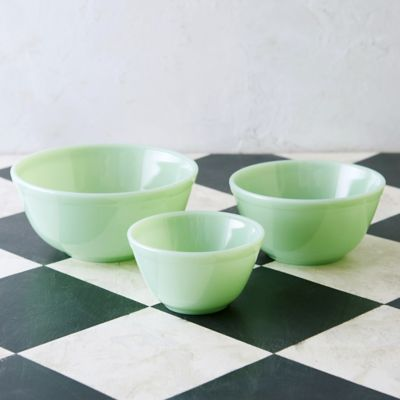 Milk Glass Mixing Bowl Set