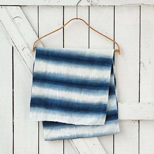 Gradient Stripe Table Runner