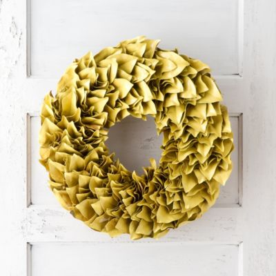 Lacquered Magnolia Wreath, Lemon