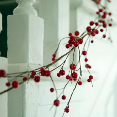 Berry Branch Garland