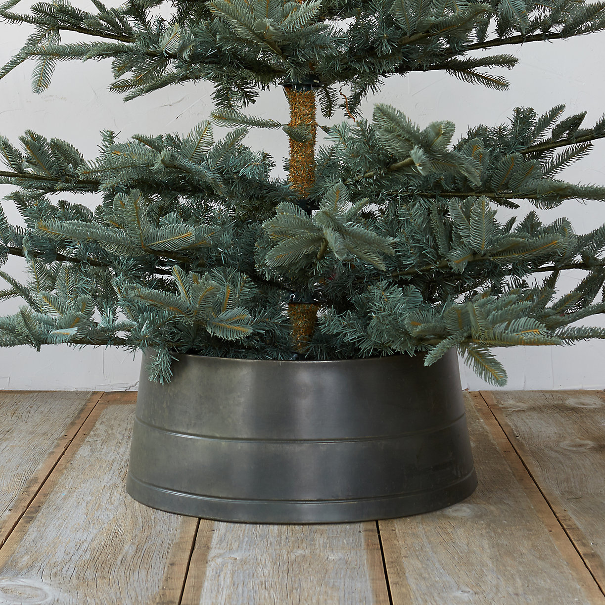Zinc tree skirt terrain