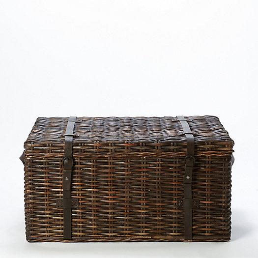 kubu rattan trunk large terrain. Black Bedroom Furniture Sets. Home Design Ideas