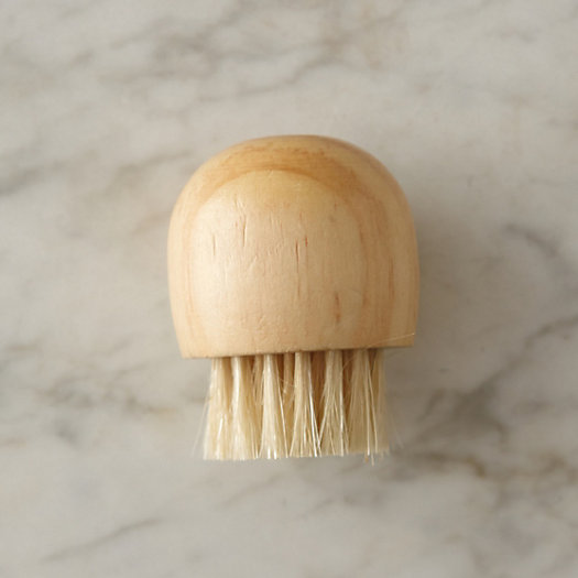 Cedar Face Brush