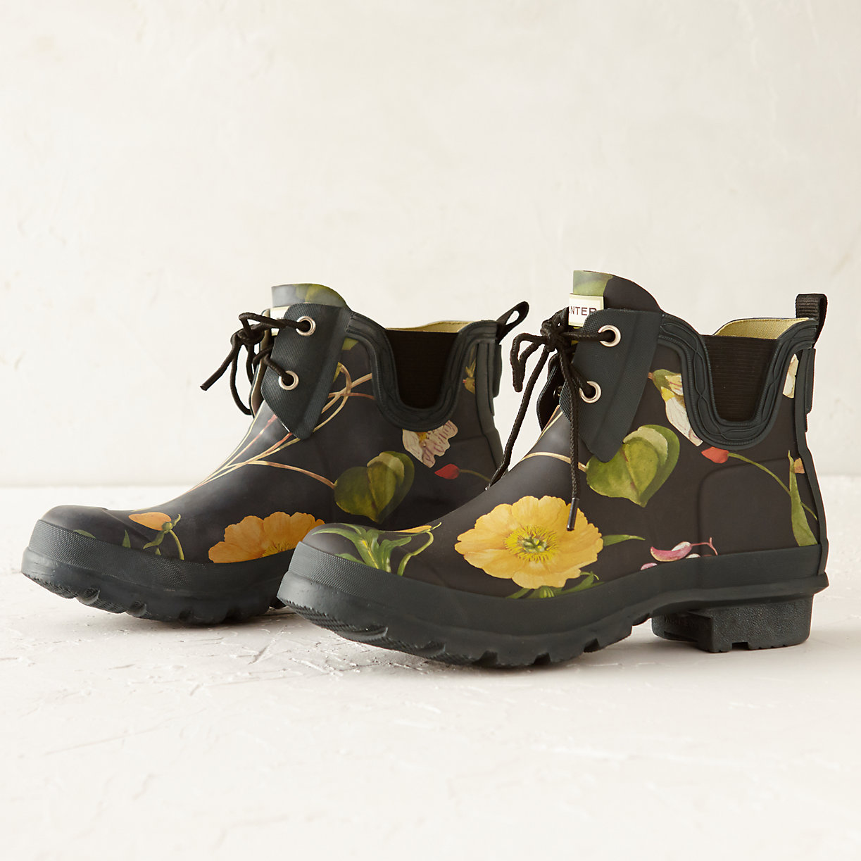 hunter floral garden boots low loading zoom
