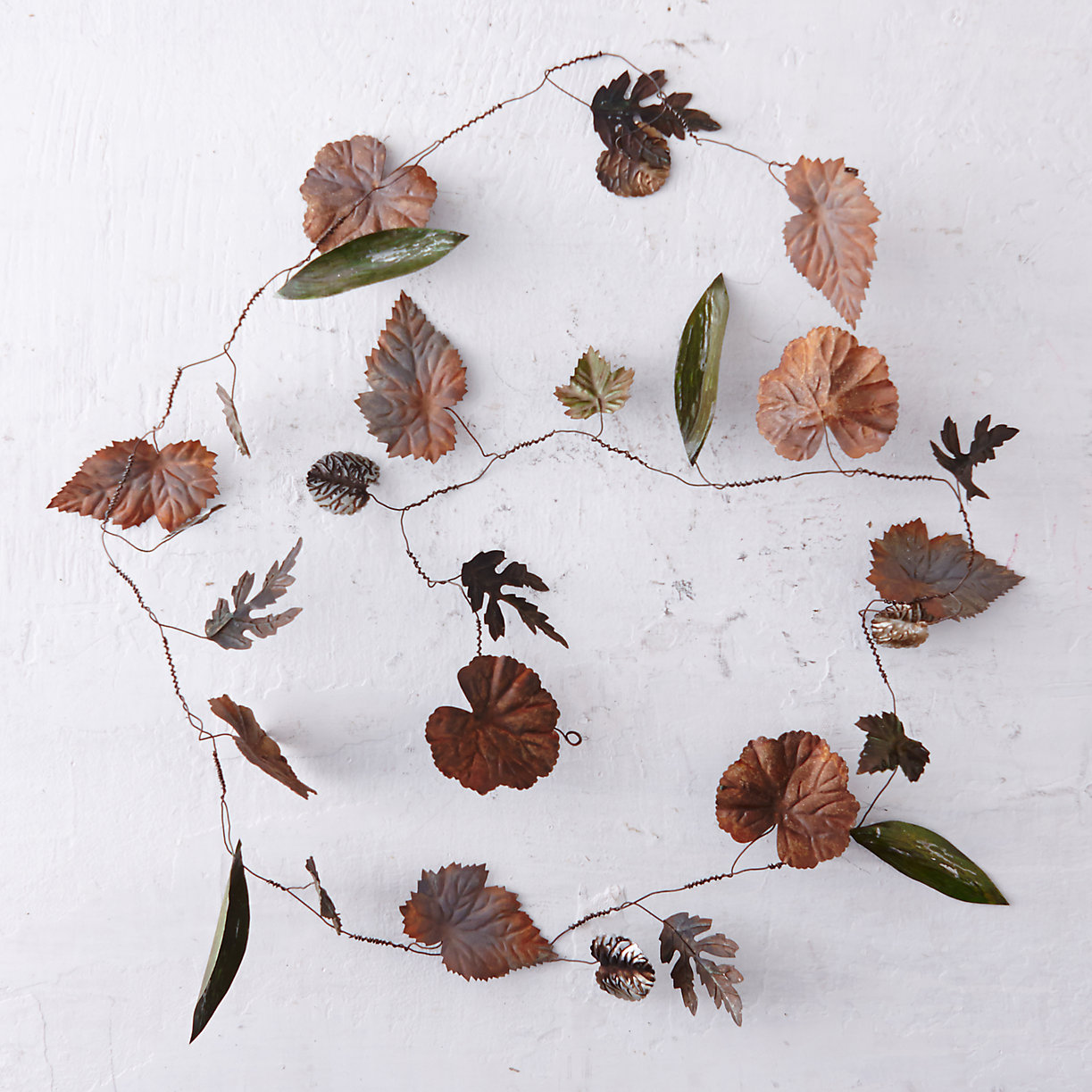 Pressed Metal Leaf Garland Terrain