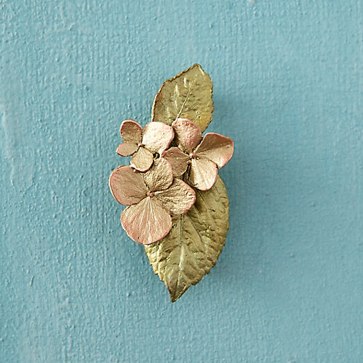 Hydrangea & Leaf Pin, Large