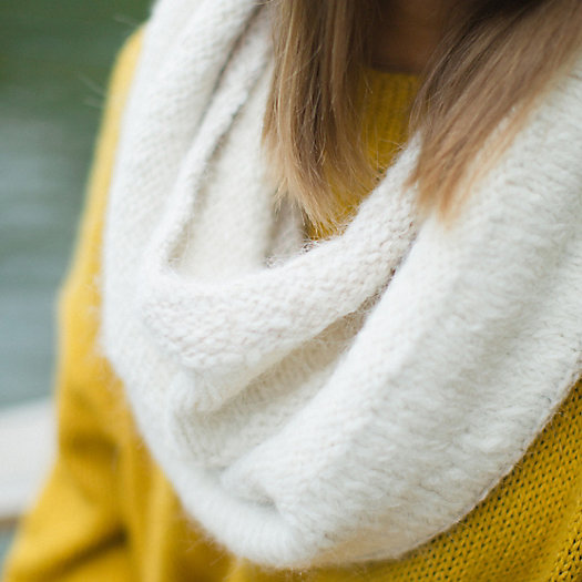 Colorblock Alpaca Snood