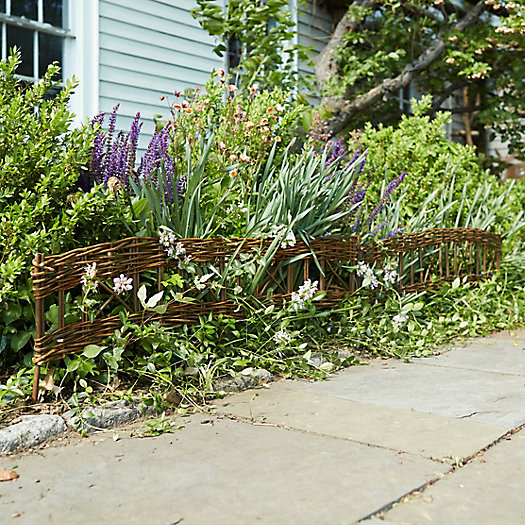 Woven Willow Border Fence, Set of 4