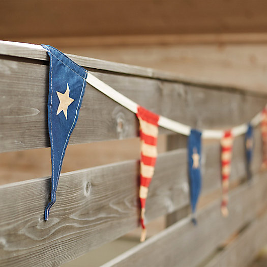 Stars & Stripes Pennant Garland