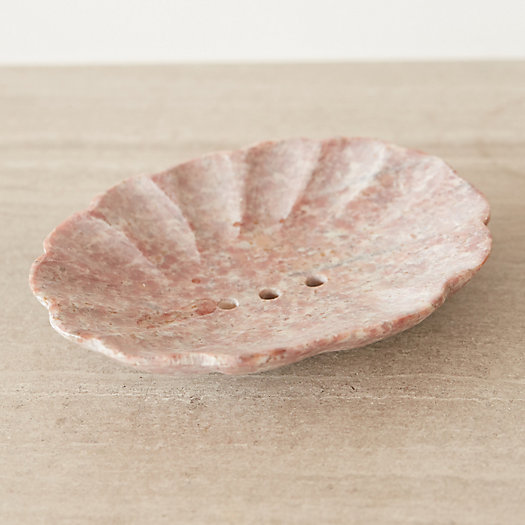 Clam Shell Soap Dish
