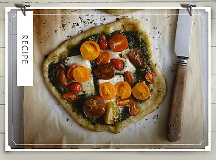 Recipe of the Week: Pizzette with Arugula and Casciotta d'Urbino