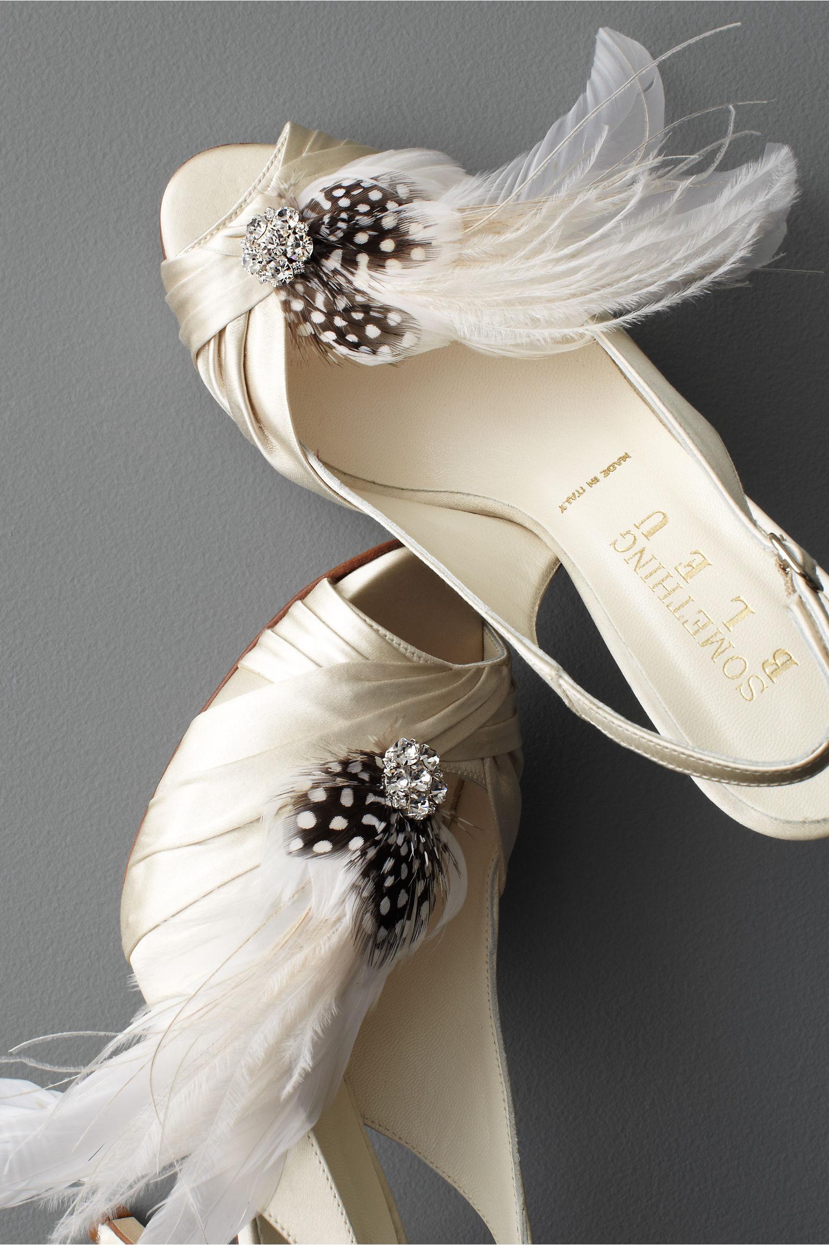 Twigs Honey White Festooned Shoe Clips Bhldn
