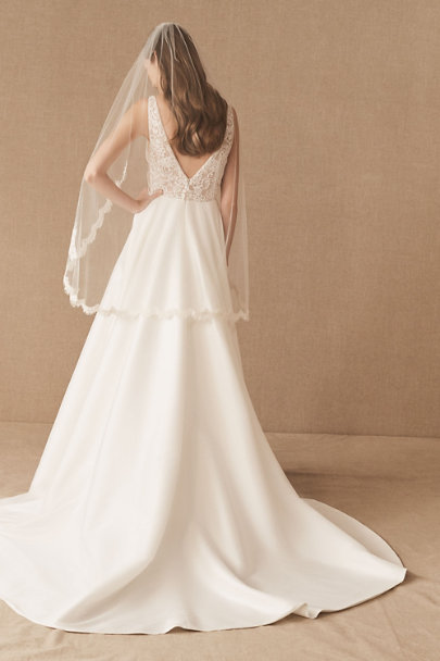 Paris by Debra Moreland Ivory Scalloped Fingertip Veil | BHLDN