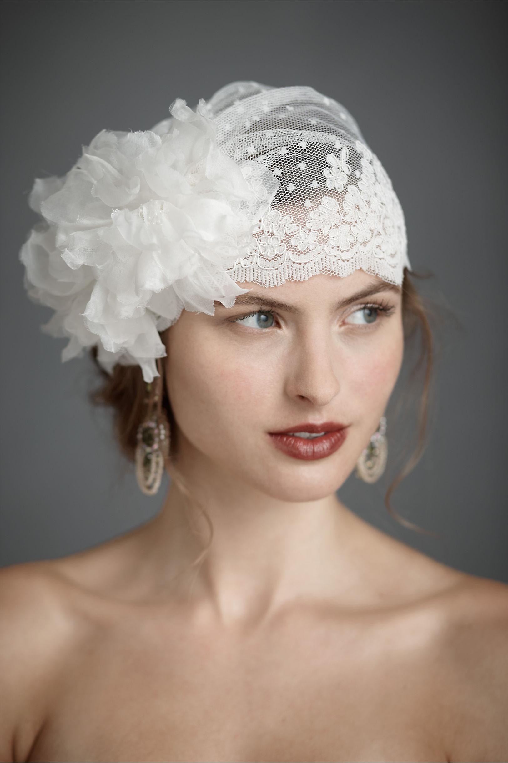 b7ce2941d80c9 Vintage Bridal Hats Veil - Parchment N Lead