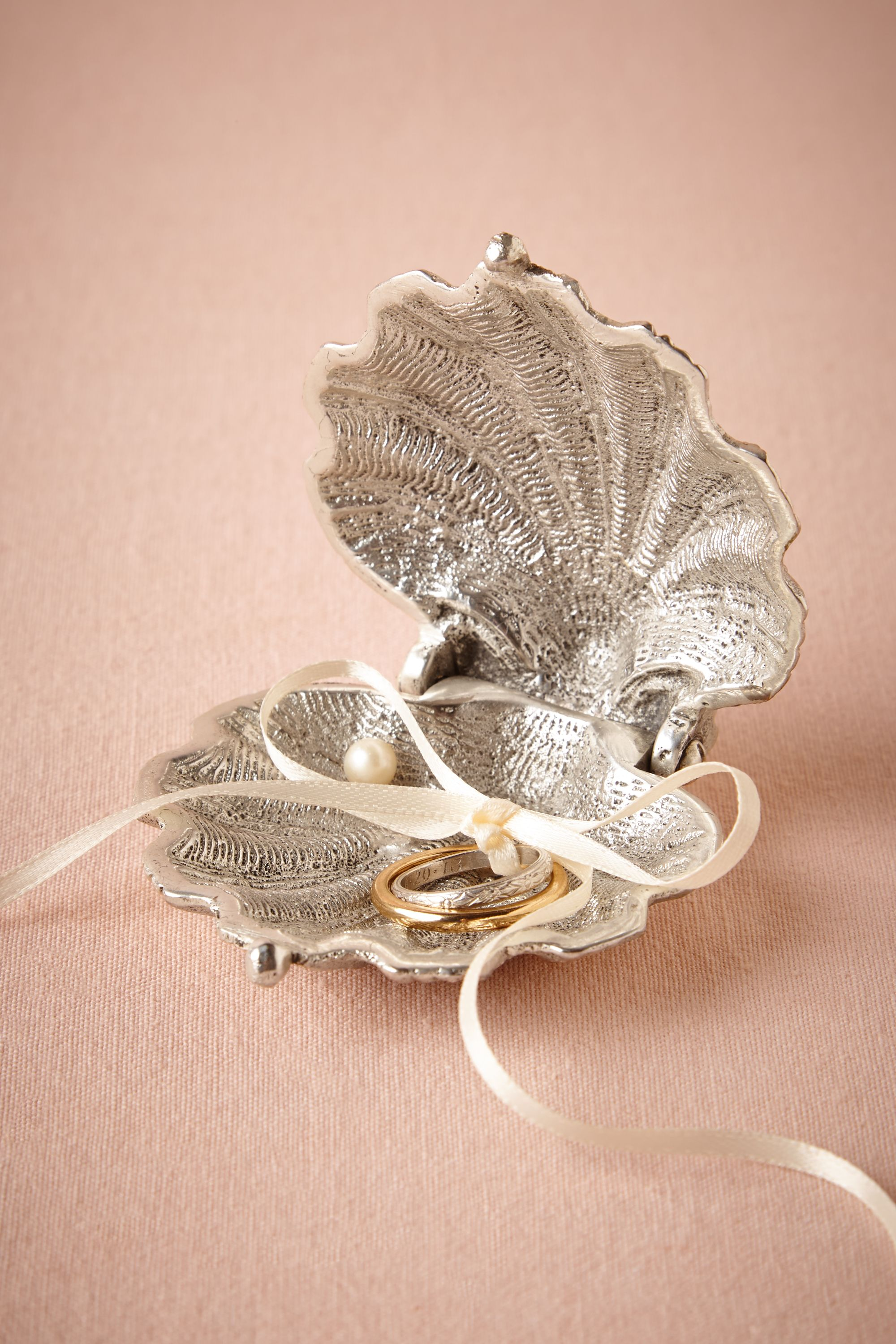 Silvery Seashell Ring Holder in New Noteworthy BHLDN