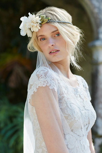Paris by Debra Moreland Ivory Scalloped Cathedral Veil | BHLDN