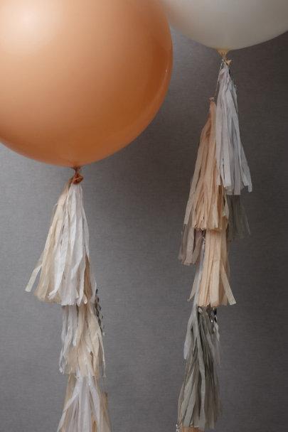 View larger image of Geronimo! Balloon Set (2)