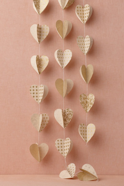 ivory & gold Heart of Gold Garland (3) | BHLDN