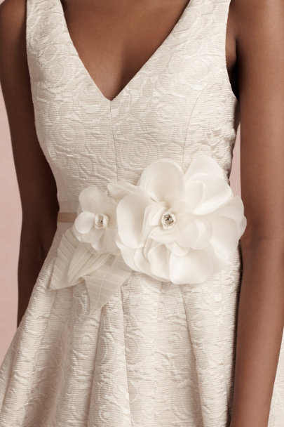ivory Horticultural Society Sash | BHLDN