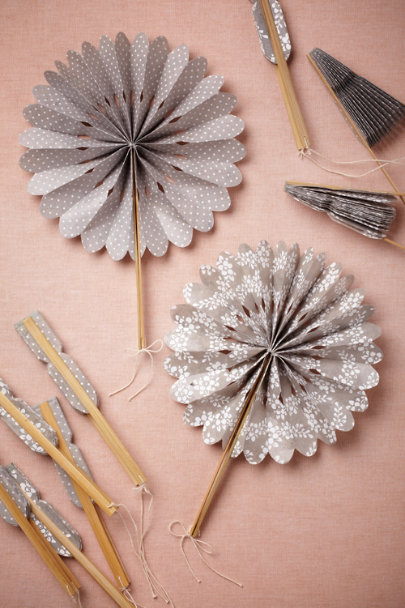 Dove Grey/White Crinkle Fans (10) | BHLDN