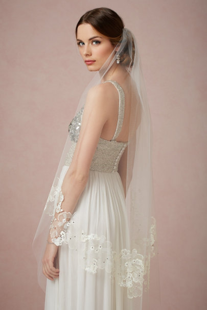 Debra Moreland diamond white Sea Bella Veil | BHLDN