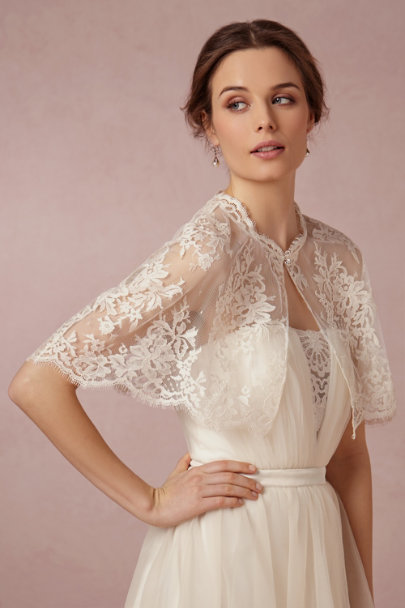 ivory Chantilly Capelet | BHLDN