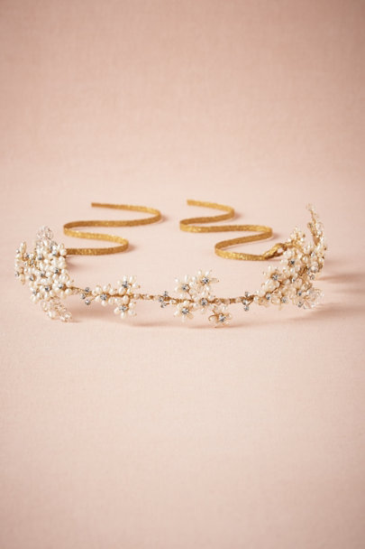Twigs & Honey Pearl Aster Halo | BHLDN