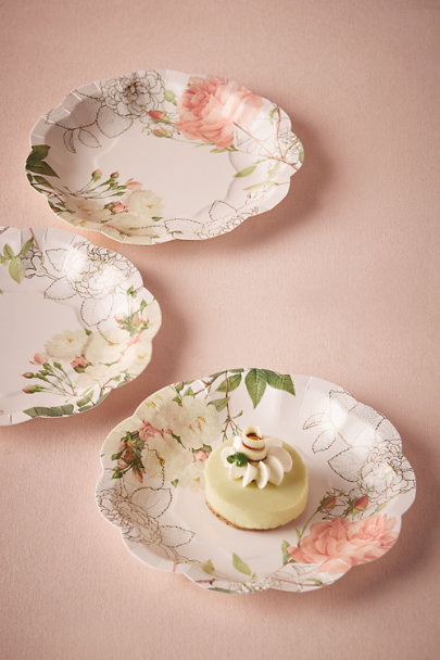 Rose Corsage Paper Plates (12) | BHLDN