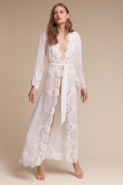 Homebodii Ivory Naila Robe | BHLDN