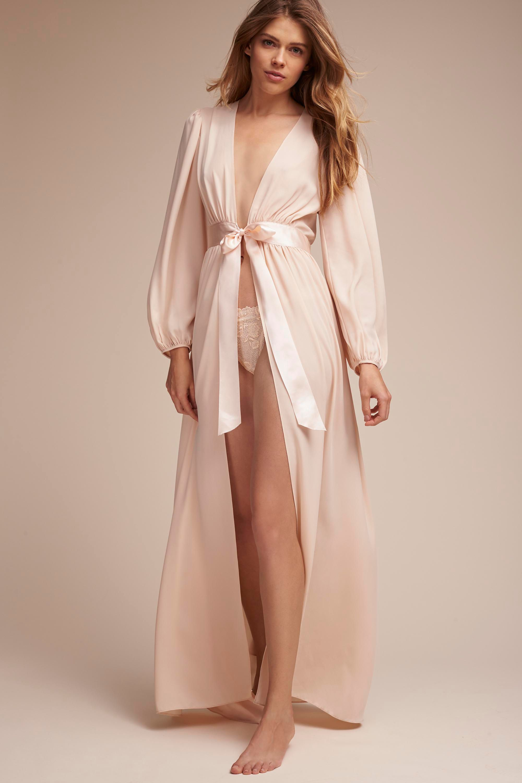Mirah Robe