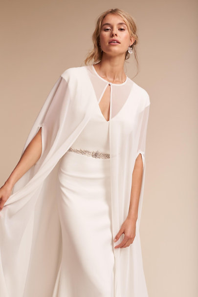 Lotus Threads Ivory Dorrit Cape | BHLDN