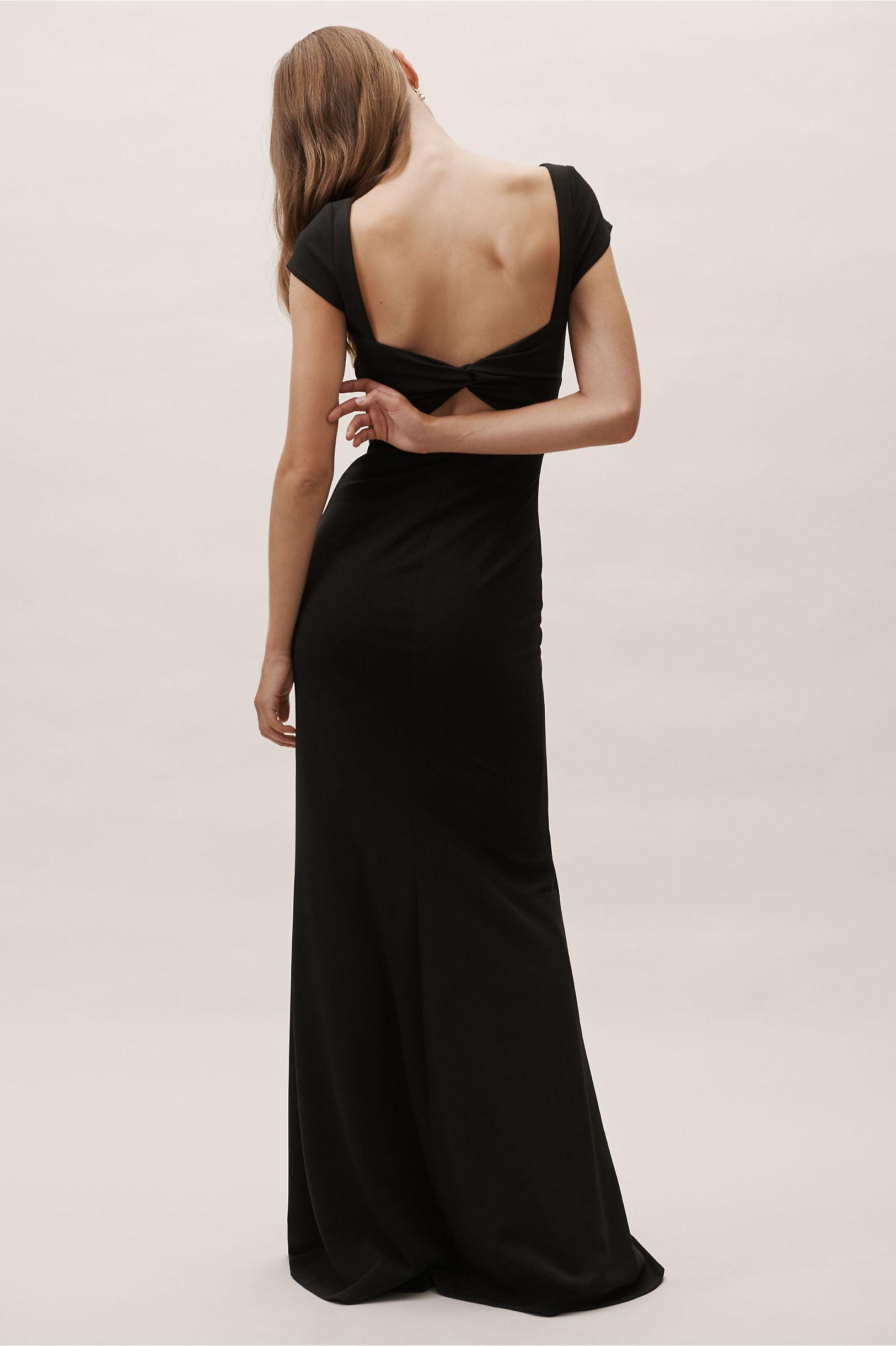 e9c22ba79604 Amazon.com: burgundy bridesmaid dresses long. Burgundy Chiffon Long  Bridesmaid Dress with Ruched V Neck And Halter Adjustable Strap Maxi Dress  Empire Waist.