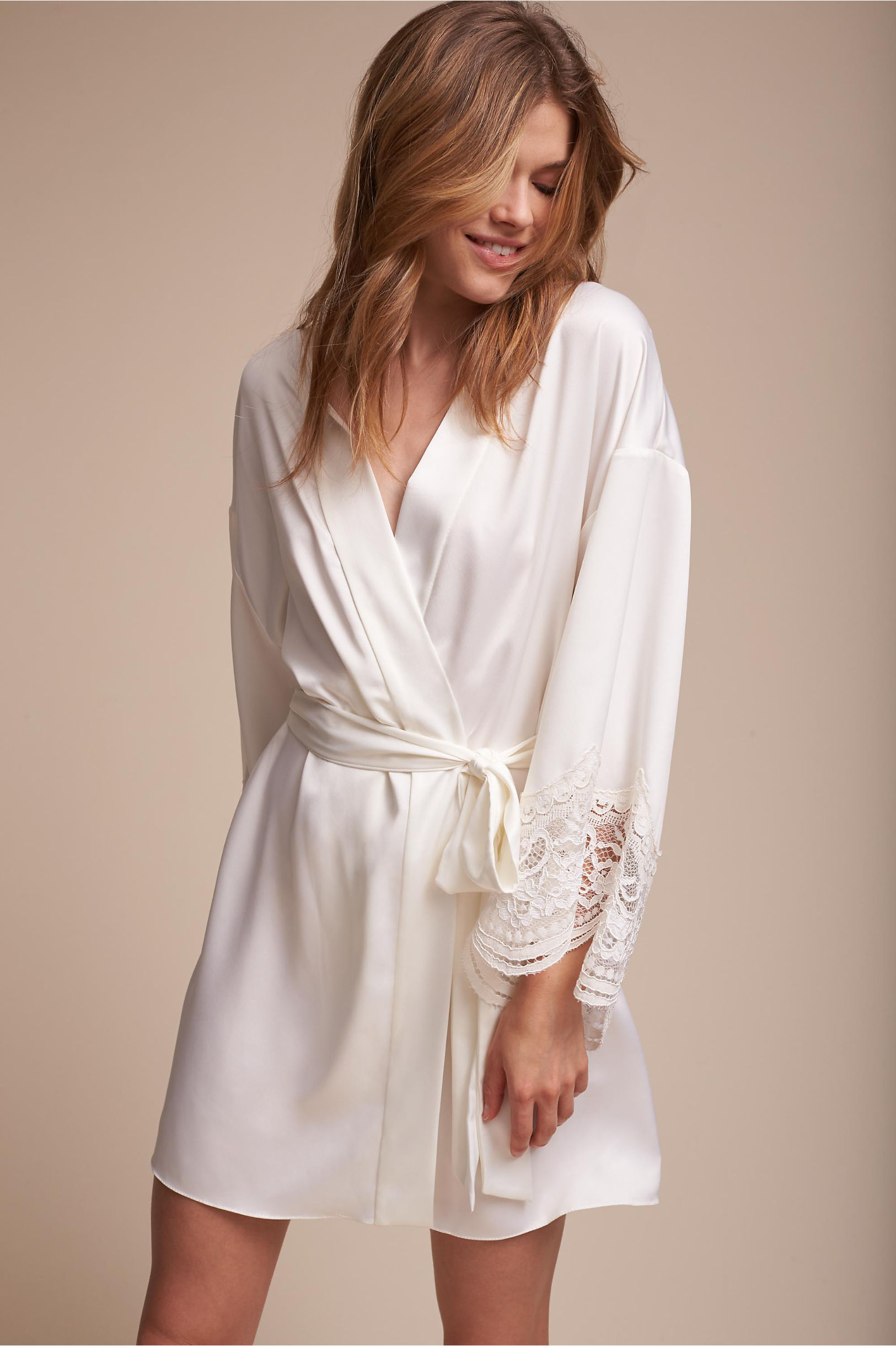 All Over Lace Robe in Blush. - size L (also in M,S,XS) Flora Nikrooz