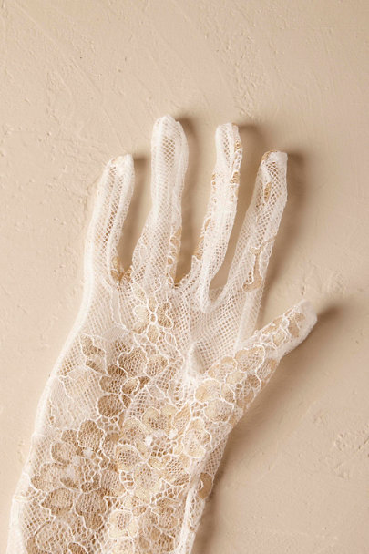 Creme Adalia Lace Gloves | BHLDN
