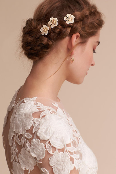 Jennifer Behr Gold Wildflower Hair Bobbies | BHLDN