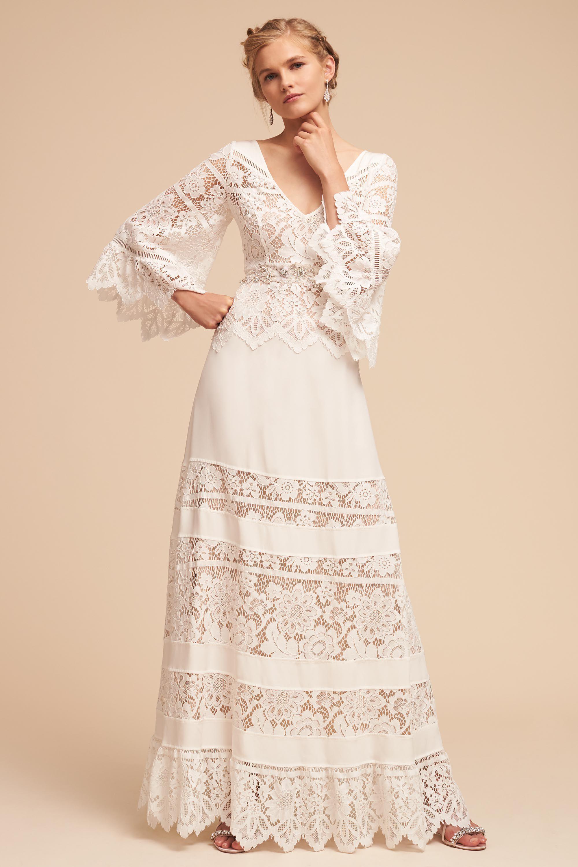 White hippie wedding dresses
