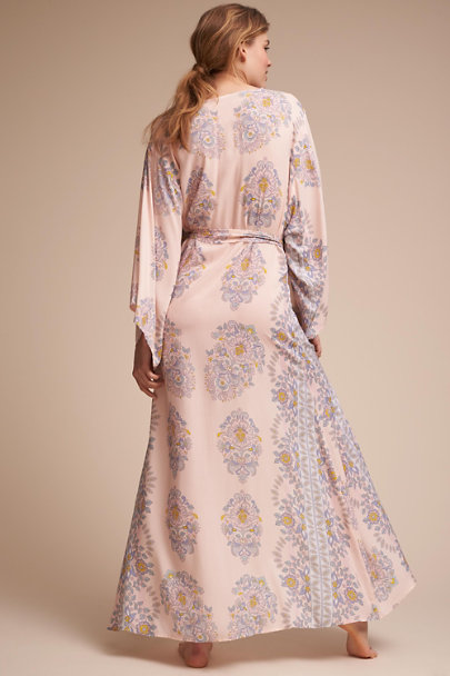 Homebodii ROSE/TYRIEN Hana Robe | BHLDN