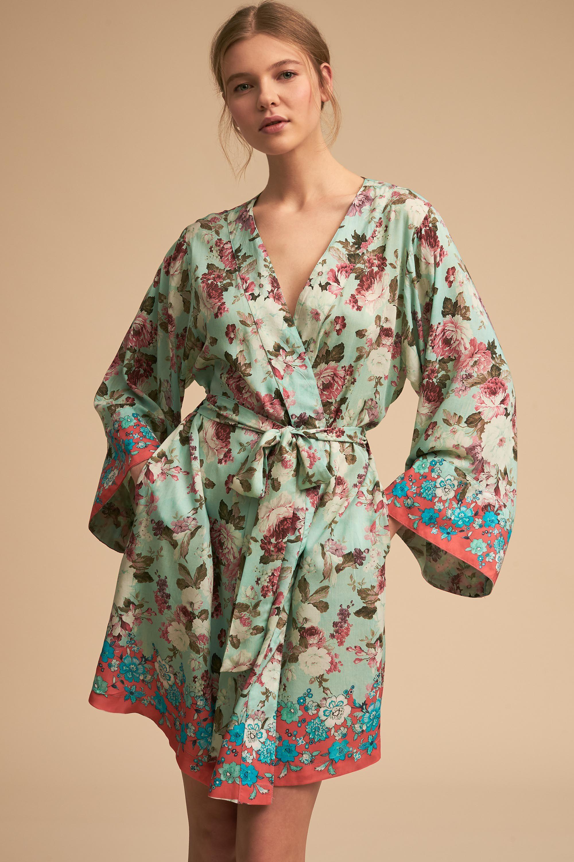 Wrenna Robe