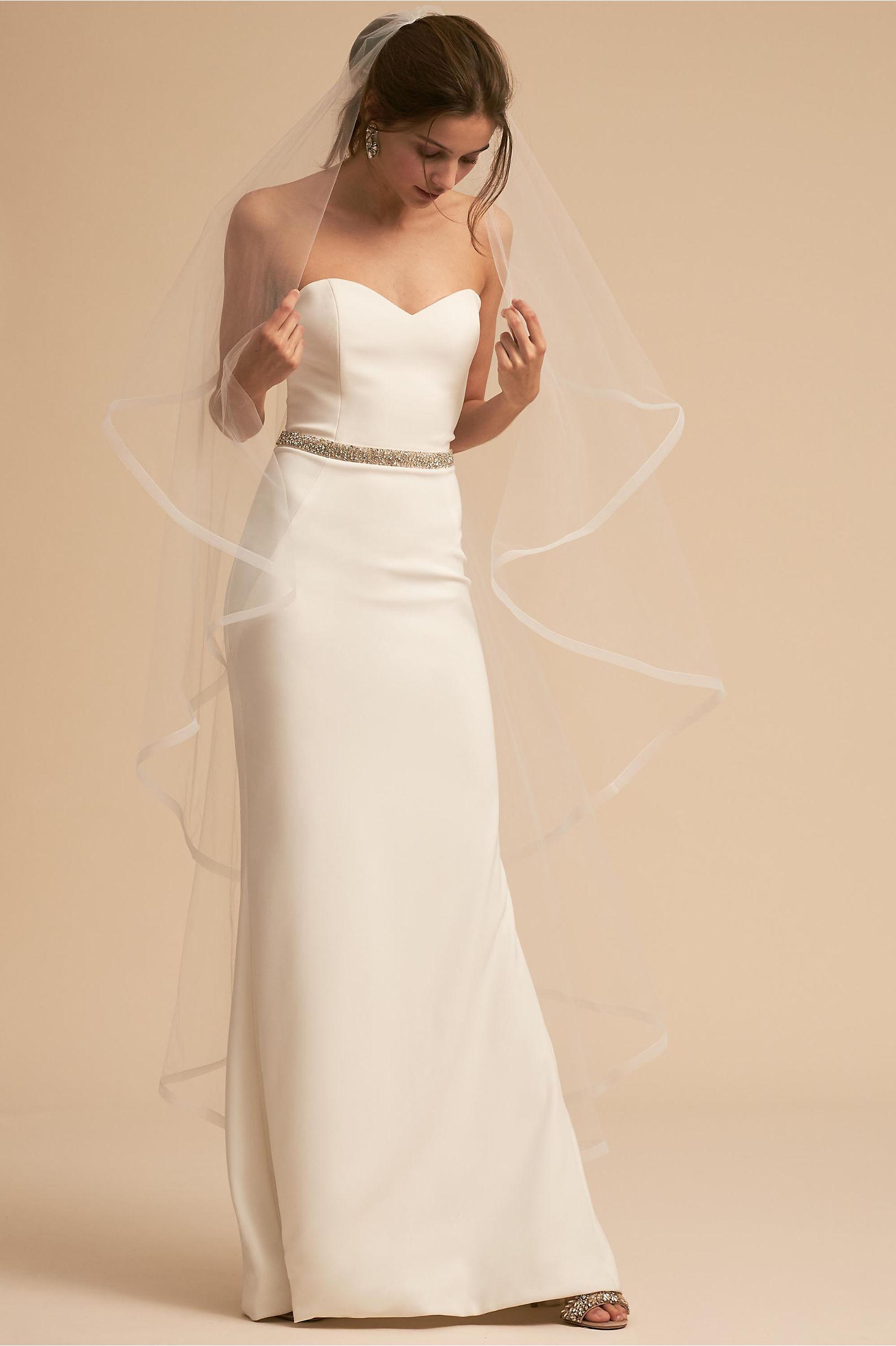 wedding dress accessories