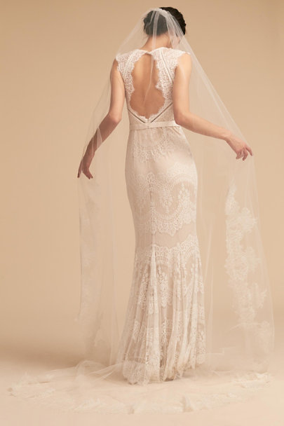 Paris by Debra Moreland Ivory Breathless Chantilly Veil | BHLDN