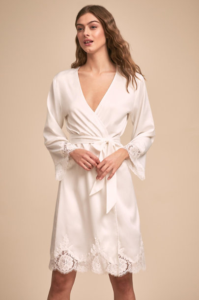 Homebodii Ivory Olivia Robe | BHLDN