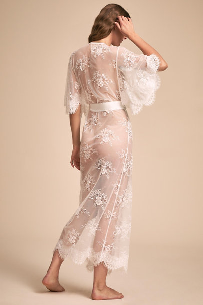 Homebodii Ivory Kassiah Lace Robe | BHLDN