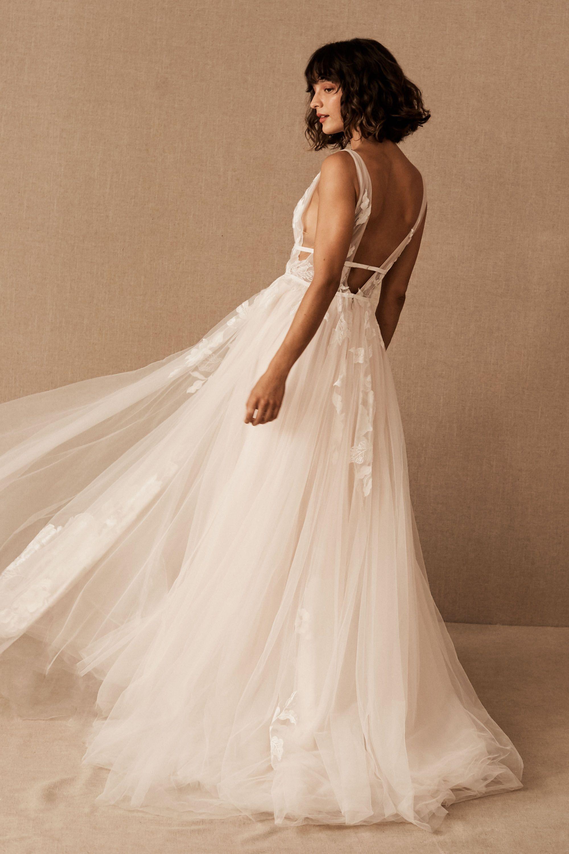 A line vintage lace wedding dress