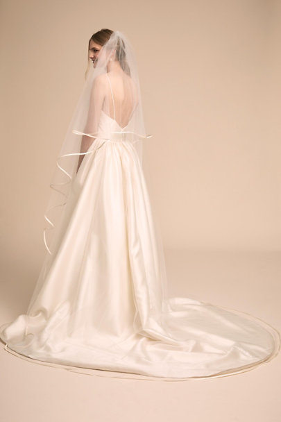 Paris by Debra Moreland Ivory Chelles Cathedral Veil | BHLDN