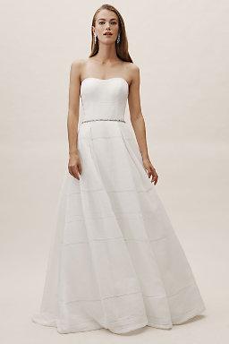 Bellevue Linen Gown