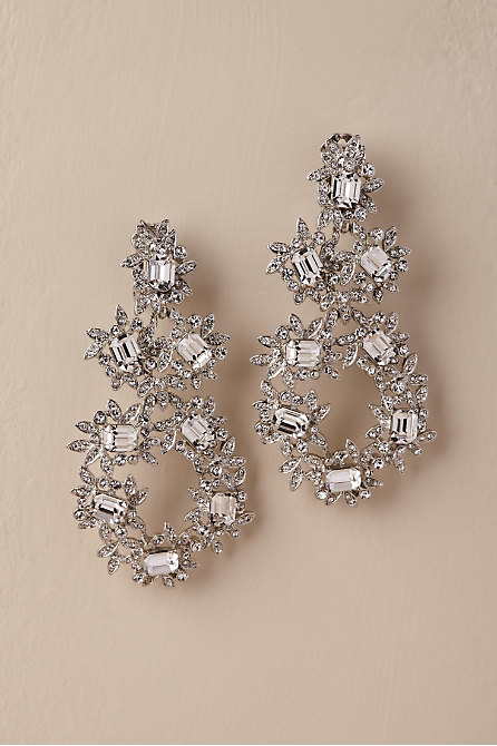 Wallis Chandelier Earrings