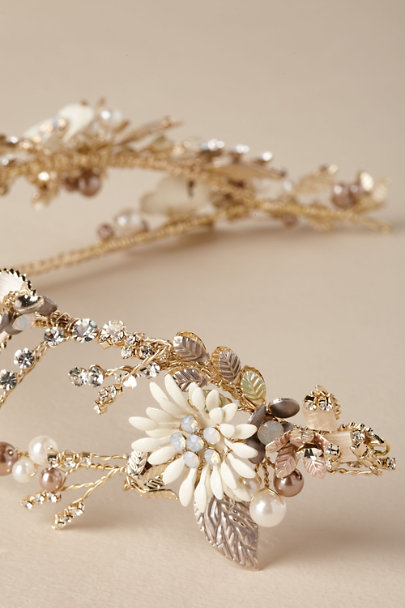 AA Bridal Gold Weslyn Headband | BHLDN