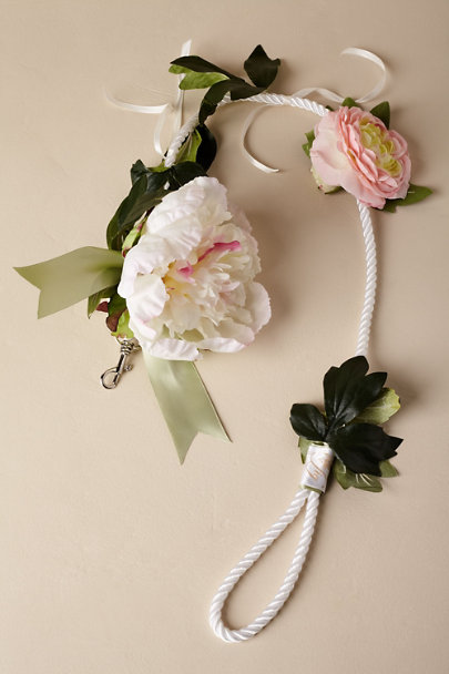 Madeleine Fig Mauve/Blush/Greenery Gracie Leash | BHLDN