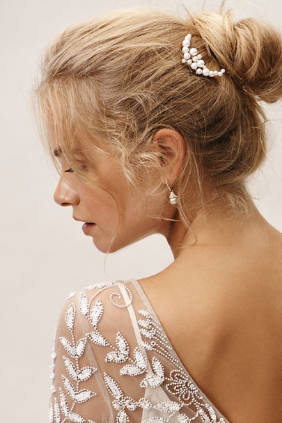 LELET NY Gold Ocean Pearl Pin | BHLDN