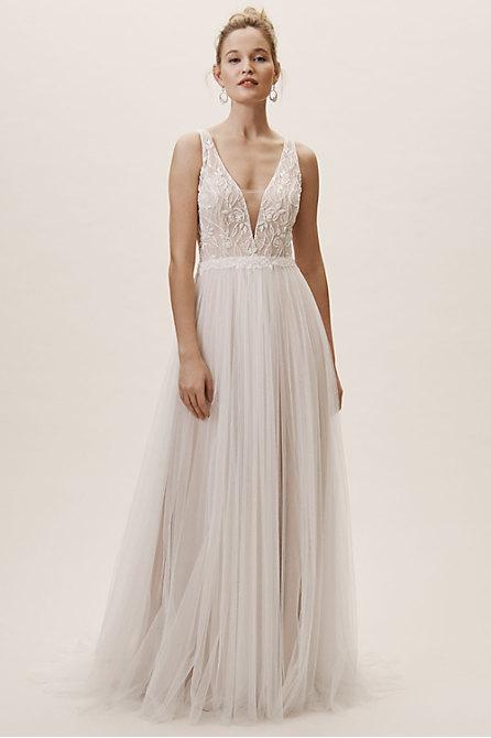 Quillen Gown